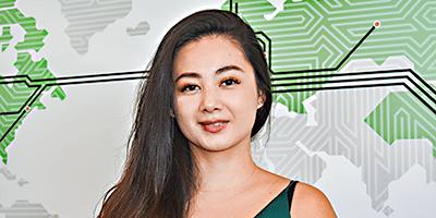 Joan Guo